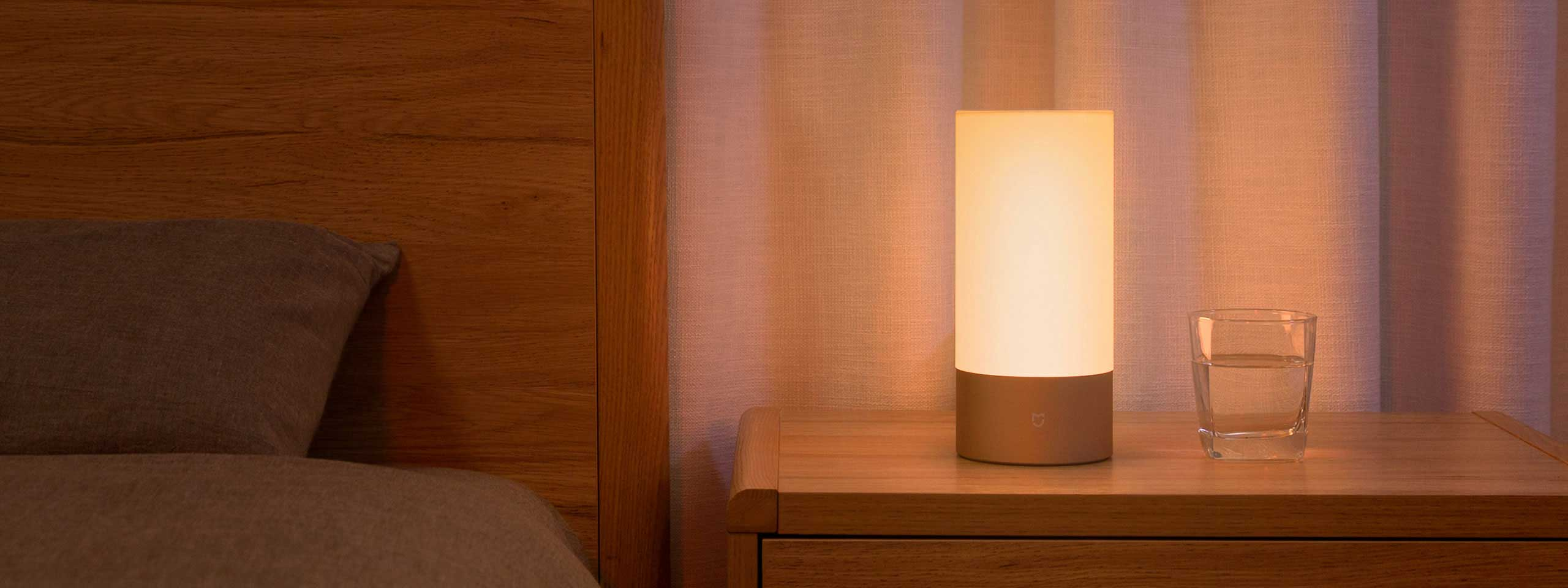 mj-bedsidelamp-01.jpg